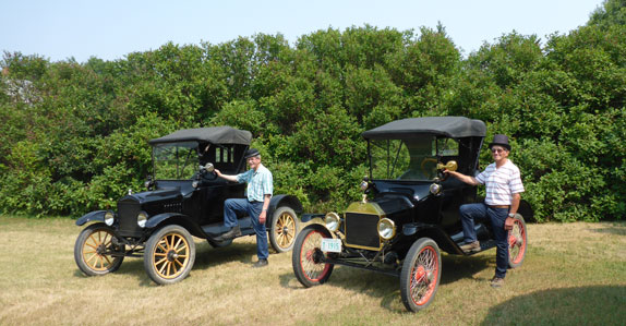 ewert brothers prepare to sell classic automobile collection