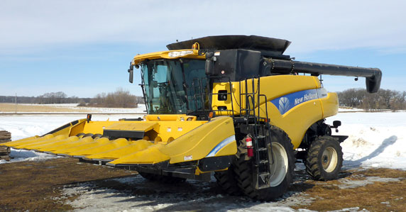 New Holland combine sold at online Ritchie Bros. auction